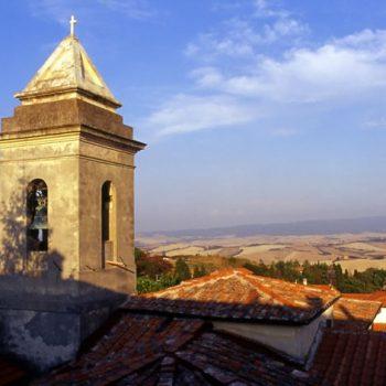 Il-campanile-della-Pieve-di-Colognole