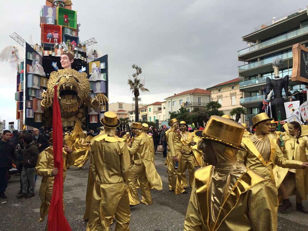 Il-resto-dal-Carlino-di-Rudy-Mazzone-Carnevale-di-Viareggio-2016-34