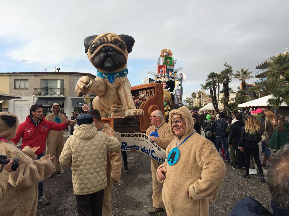 Il-resto-dal-Carlino-di-Rudy-Mazzone-Carnevale-di-Viareggio-2016-38