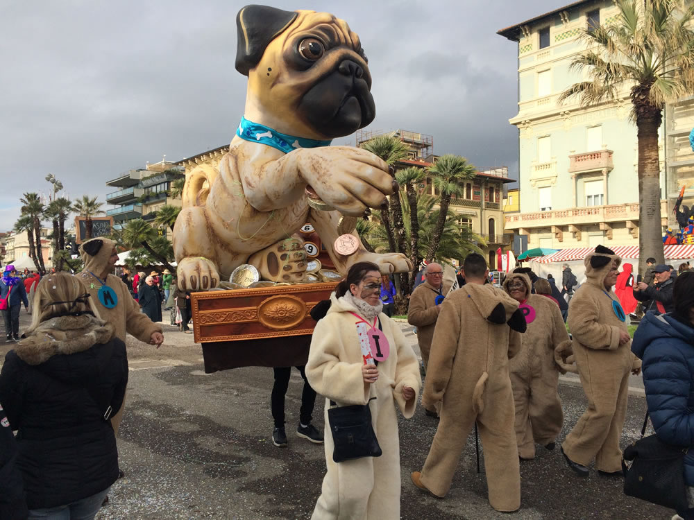 Il-resto-dal-Carlino-di-Rudy-Mazzone-Carnevale-di-Viareggio-2016-40