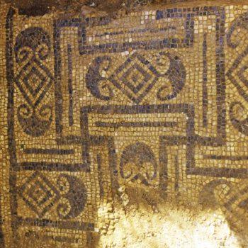 Un-mosaico-della-Mansio-Turrita